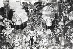 img037 (Yu,Tsai) Tags: leica leicam2 m2 film kodaktrix400 iso400 italy italia venizia 義大利 法國學料理那十個月 イタリア 2015 leitz summilux 35mm summilux114352st