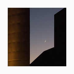 Moonscape (Frans van Hoogstraten) Tags: moonscape lissabon architecture form nature culture landscape