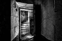 On y va? / Let's go? (vedebe) Tags: escaliers noiretblanc netb nb bw monochrome abandonné maisonabandonnée decay urbex urbain rue street ville city portes