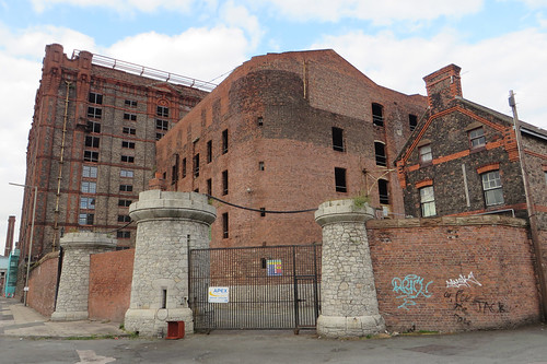 Stanley Dock, entrance