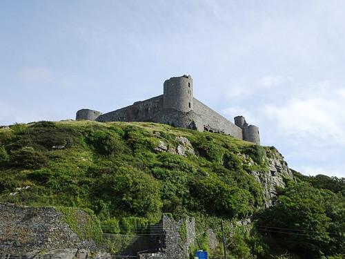Harlech Castle from Ffordd Glan Môr -- photo 2