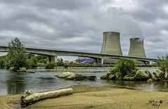 CNPE Belleville sur Loire (touflou) Tags: centrale nucléaire bellevillesurloire