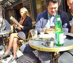 2017-09-21  Paris - Au rocher de Cancale - 78 rue Montorgueil (P.K. - Paris) Tags: people candid street café terrasse terrace