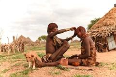 Hamar Village (Rod Waddington) Tags: africa african afrique afrika äthiopien ethiopia ethiopian ethnic etiopia ethnicity ethiopie etiopian omovalley omo outdoor omoriver turmi traditional tribe tribal hamer hamar huts women dog
