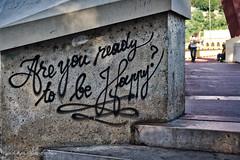 _DSC8877_v1 (Pascal Rey Photographies) Tags: graffitis graffs graffiti graffik streetart streetphotography street inthestreets strassen lyon lugdunum vieuxlyon citéinternationale urbanphotography urbanart urbaines murs sprayart nikon d700 luminar popart pop pascalreyphotographies peinturesurbaines peinturesmurales happy