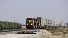 Snap Switch (lennycarl08) Tags: burlingtonnorthernsantafe burlingtonnorthernsantaferailroad bnsf trains railroad stocktonsub stockton california centralvalley