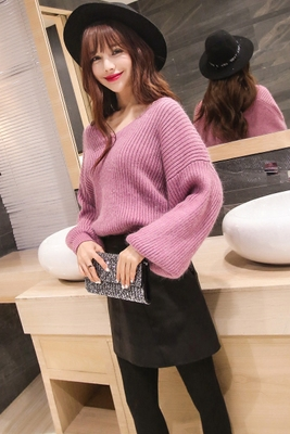 L winter 2016 new sweet women V collar bat long sleeved Pullover thin sweater all-match solid grounding