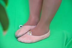 Piškoty a sedmikrásky (037) (Merman cvičky) Tags: balletslippers ballettschläppchen ballet slipper ballerinas slippers schläppchen piškoty cvičky ballettschuhe ballettschuh punčocháče pantyhose strumpfhosen strumpfhose tights collants medias collant socks nylons socken nylon spandex elastan lycra