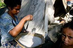 IDPs in Dili 3 june 2007.JPG-46 (undptimorleste) Tags: dildistrict idps internallydisplacedpeople metinaro