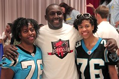 "thomas-davis-defending-dreams-foundation-leadership-academy-billingsville-0029 • <a style=""font-size:0.8em;"" href=""http://www.flickr.com/photos/158886553@N02/36370921643/"" target=""_blank"">View on Flickr</a>"