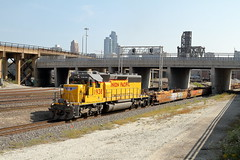 UP 1938 in Chicago, Illinois on September 20, 2017. (soo6000) Tags: chicago illinois yg161 yardjob transfer up up1938 1938 sd402 sd40n emd unionpacific intermodal freight