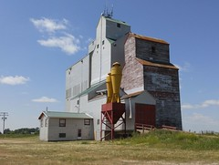 Broderick SK Grain Elevator 20170714_141812 (CanadaGood) Tags: canada saskatchewan sk broderick building grainelevator agriculture prairie cameraphone 2017 thisdecade canadagood colour color blue green red yellow