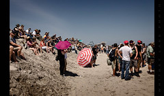 A Day at the Races (Whitney Lake) Tags: surreal atlantic shore spectators beach sand eastcoast southjersey jerseyshore wildwoods newjersey 2017 theraceofgentlemen trog