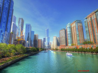 View of the Chicago River from Lake Shore Drive