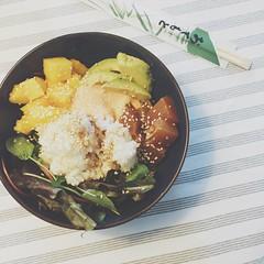 Poke Bowl (tuna, avocado, mango) (Felix van de Gein) Tags: pokebowl poke bowl tuna avocado