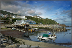 Ventnor Harbour (Jason 87030) Tags: sea coast seaside harbor harbour fishery island iow isleofwight ventnor weather water boats industry maritime august 2017 seies nice color colour blue