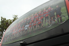 BMC Back Window (Steve Dawson.) Tags: tourofbritain mens uci pro cycle race bike lycra teams riders bus teamsky dimensiondata transport newarkupontrent nottinghamshire england uk canoneos50d canon eos 50d ef28135mmf3556isusm ef28135mm f3556 is usm
