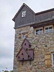 DSCN6245 Servières-le-Château (Corrèze) (Thomas The Baguette) Tags: cantal auvergne france basilique mauriac notredamedesmiracles puysaintmary puy leclou vicsurcere toursdemerle soult argentat correze chastaigne barrage aigle thiezac