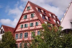 Maison losange (jérômepaltani) Tags: ulm allemagne germany maison house losange red rouge diamond