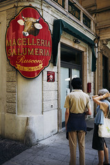 Rusconi (Marc R. A.) Tags: italy butchery cow metzgerei street corner zeiss loxia sony
