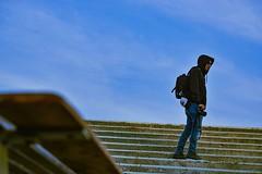 Cuando entendamos que no es un día más, sino un día menos, empezamos a valorar lo que realmente importa. (gustedy22) Tags: sonyalpha f18 50mm fe ilce7m2 santiago chile foto sony a7ii soledad retrato