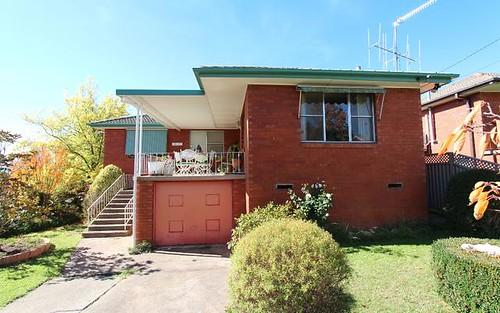 33 Isaacs Street, Bathurst NSW