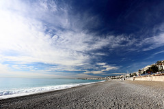 Nice, France. (廖法蘭克) Tags: nice france 6d sunny sunshine 法國 尼斯 南法 holiday vacation friends frank photographer photography photograph frankineurope chinesenewyear canonef1740mmf4l 地中海 mediterranean 蔚藍海岸 frenchriviera côtedazur ocean beach coast 海灘 blue bluesky canon