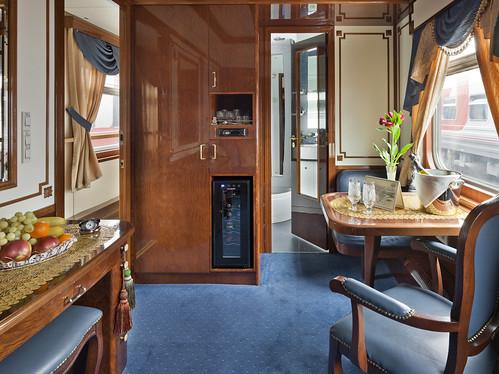 Golden Eagle - Imperial Suite