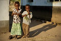 Two children in Kawaza village - Zambia (PascalBo) Tags: nikon d70 zambia zambie kawaza africa afrique southernafrica afriqueaustrale afriquedelest eastafrica kunda people girl fille child kid boy garçon outdoor outdoors pascalboegli