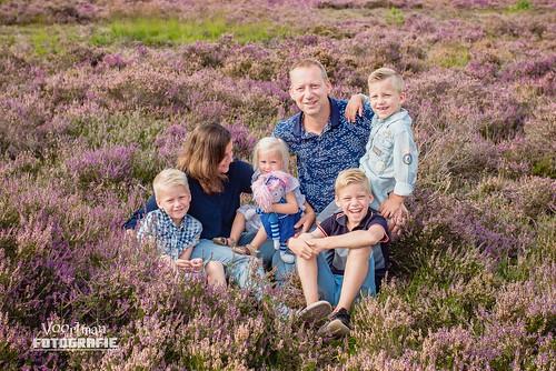 0826 Familieshoot Assen (Voortman Fotografie) WEB-5