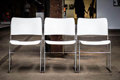 Drei Stühle (Frank Lindecke) Tags: nordart drei stuhl kunstwerk stühle carlshütte wwwnordartde three