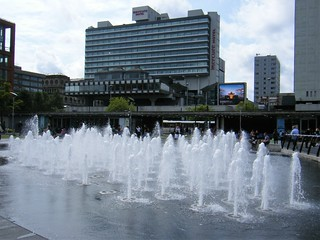 Manchester street fountains - Piccadilly Square