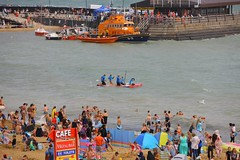 FUNK6265 (Graham Ó Síodhacháin) Tags: broadstairswatergala 2017 broadstairs watergala titantherobot creativecommons