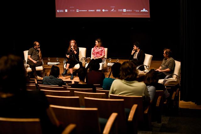 22/09 - Debate com equipe do filme A moça do calendário