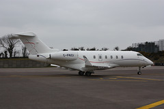 C-FKCI Challenger 300 (corkspotter / Paul Daly) Tags: cfkci bombardier bd1001a10 challenger 300 cl30 20242 l2j c01aa5 kce irving oil transport inc 2008 20090707 ork eick cork airplane aircraft vehicle outdoor airliner jet jetliner