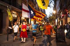 _DSC9402 (Toni M. Micó) Tags: fotoespai barcelona fossar fossardelesmoreres fossarmoreres flandes südtirol vlaanderen bandera flag pancarta banner catalunya independència