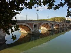 Le Pont-Neuf en septembre (Iris@photos) Tags: france occitanie hautegaronne fleuve garonne pontneuf reflet toulouse