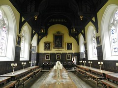 Oriel College Dining Hall, Oxford University, Oxford, Sep 2017 (allanmaciver) Tags: oriel college dining hall oxford university england history style traditinal bench lamps portraits allanmaciver