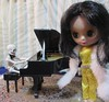 BaD 21 September 2017: Love (jefalump) Tags: takara blythe petiteblythe allgoldinone poseskeleton piano torchsinger goldie skeleton rement grandpiano caroleking willyoulovemetomorrow gerrycoffin music