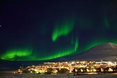 Benvenuti a Longyearbyen, la città della Norvegia dove non si può morire (Cudriec) Tags: cittàdovenonsipuòmorire longyearbyen norvegia vacanza viaggi viaggiare viaggio