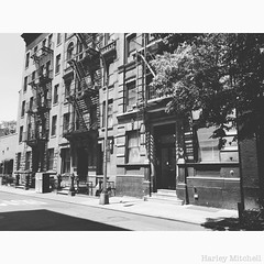 NYC Streets (Harley Mitchell) Tags: nyc newyorkcity street streetphotography architecture building blackandwhite