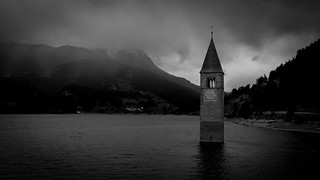 Dark clouds over Lake Resia