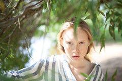 (altingfest) Tags: carlzeiss ze carl distagont1435 canon 35mm distagon 5dm2 5d 5dmark2 5dmarkii carlzeissdistagont35mmf14 girl portrait russia warm face people sun sunlight light tree green bokeh eyes bestportraitsaoi