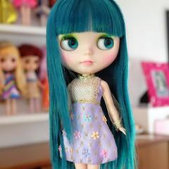 Apple cheeks Ingrid . . . . . . #blythe #blythedoll #dollstagram #customblythe #tealhair #LoungingLinda #picoftheday #mranaiscustom #dolls #toys #lilac #floral #metallic #gold #sparkle (lounging linda) Tags: ifttt instagram