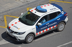 Mossos d'Esquadra (bleulights) Tags: mossos desquadra cme 6438 nissan qashqai policia police polizia polizei policía rendőrség 警察 polisie polici شرطة polis полиция poliisi policija seguretat ciutadana seguridad ciudadana public safety straz miejska patrulla patrol car
