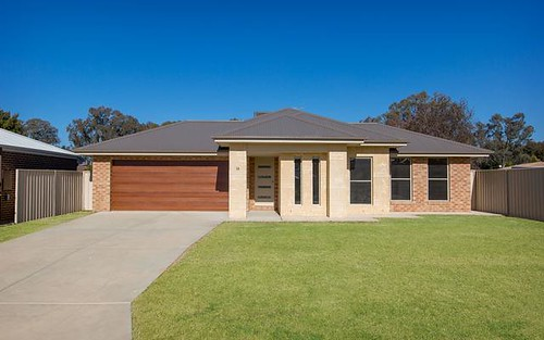 14 Britton Court, Jindera NSW