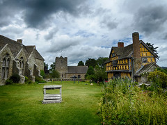 27vii2017 Stokesay 16 (garethedwards36) Tags: courtyard grass green building architecture lumix stokesay castle shropshire uk
