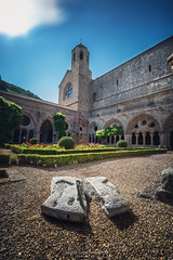 Cloitre @Fontfroide (Benjamin MOUROT) Tags: frontfroide abbaye church eglise iglesia chapelle lieudeculte 7d 7dmkii 7dmarkii 1022mm canon benjaminmourot photography narbonne aude languedoc roussillon occitanie tourisme southfrance landscape architecture monument patrimoine longexposure poselongue leefilter nisifilter geotaged