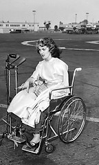 BB01 (jackcast2015) Tags: multipleamputee armamputee handicapped disabled disabledwoman cripledwoman onelegwoman oneleggedwoman monopede amputee legamputee crutches crippledwoman