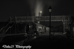 20170909-IMG_4799-Edit-Edit (deltic21) Tags: duchess sutherland princess margaret rose butterley mrc tle timeline event photographic photocharter night dusk steam stanier railway rail british br swanwick junction green retro photoshoot smoke 462 46233 46203 platform lights moon brsteam rails train railways lms london midland scottish centre